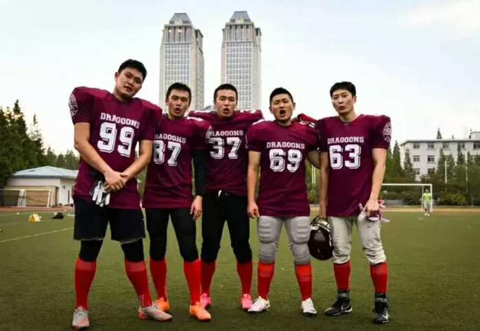【我的第一场橄榄球赛】以热爱为事业!上海龙骑兵的橄榄球之路